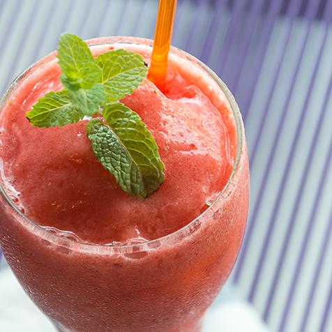 Erdbeer Holunder Smoothie